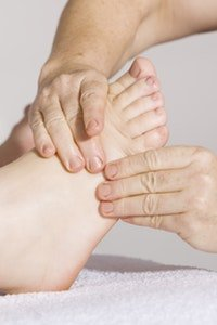 foot massage reflexology for better sleep
